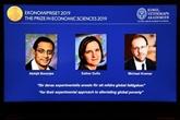 Le Nobel d'économie à un trio, dont Esther Duflo, deuxième femme distinguée