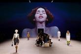 Louis Vuitton nostalgique de la Belle époque clôt Paris Fashion Week
