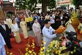 Remise d'offrandes du roi thaïlandais à une pagode à Hanoï
