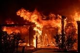 Menacées par les flammes, 180.000 personnes sommées d'évacuer en Californie