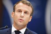 Macron en grand débat pour tenter de convaincre sur les retraites