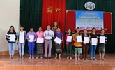 La citoyenneté vietnamienne accordée à 350 ressortissants laotiens