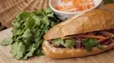 Un journal étranger fait l'éloge du bánh mì vietnamien