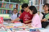 Quelque 200 stands à la 6e fête du livre de Hanoï