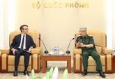 Pour promouvoir la coopération dans la défense