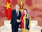 Des responsables du PE annoncent les résultats de leur visite de travail au Vietnam