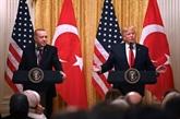 Évasif sur la Syrie, Trump loue le travail de son