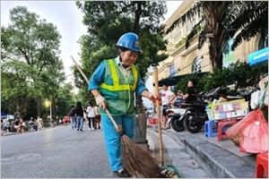 Nguyên Thi Thanh Hiêu gardienne de la propreté de Hanoï
