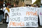 Hôpital : les blouses blanches dans la rue, Macron promet des