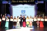 Hanoï : mise à lhonneur de 63 enseignantsnbsp