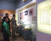 Archives : une exposition sur la citadelle de Hanoï