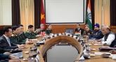 Le vice-ministre de la Défense Phan Van Giang se rend en Inde