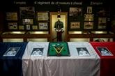 Hommage aux 13 soldats français morts en opération au Mali