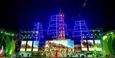 Le PM Nguyên Xuân Phuc inaugure la Semaine culturelle et touristique de Cà Mau