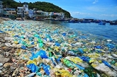 Colloque sur lidentification des points chauds de la pollution par les plastiques au Vietnam