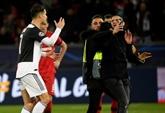 C1 : Ronaldo importuné par deux supporters après Leverkusen - Juve