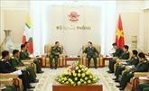 Le commandant en chef des Forces armées du Myanmar se rend au Vietnam