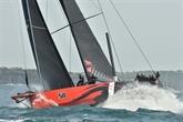 Sydney-Hobart : le super-maxi Comanche emmène la flotte