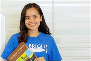 Mlle Biscuit prof de vietnamien aux États-Unis