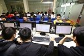 Environ 700 étudiants présents à trois concours dinformatique à Dà Nang