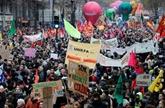 Retraites : la grève dure dans les transports, nouvelle épreuve de force en vue
