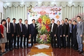 Un dirigeant de Hanoï rend visite à l'Église évangélique du Vietnam