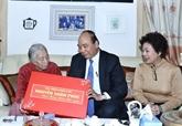 Le Premier ministre effectue des visites du Têt à des anciens dirigeants
