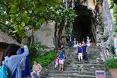 Environ 6.000 touristes au vestige de Ngu Hành Son