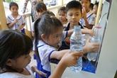 Un programme aide à assurer de l'eau potable aux écoles