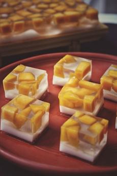Gelée à la mangue et crème de coco