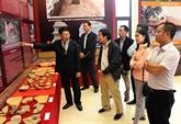 Inauguration de lexposition sur la secte bouddhiste Zen Truc Lâm