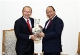 Le Premier ministre rencontre l'entraîneur de football sud-coréen Park Hang-seo