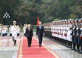 Le président argentin termine sa visite d'État au Vietnam