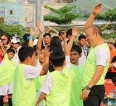 L'entraîneur Park Hang-seo fait rêver les enfants d'An Giang