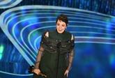 Déjà deux fois reine, la Britannique Olivia Colman couronnée par Hollywood