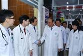 Le PM félicite les médecins et le personnel du secteur de la santé