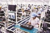 Le vice-Premier ministre Trinh Dinh Dung reçoit le nouveau directeur de Samsung Vietnam