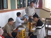 Renforcer l'assistance des victimes des bombes et des mines au Vietnam