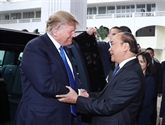 Nguyên Xuân Phuc et Donald Trump saluent les progrès des relations Vietnam - États-Unis
