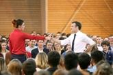 France: Macron exhorte les jeunes à se lancer dans le grand débat