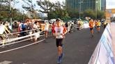 Environ 2.000 coureurs au tournoi national de Marathon du journal Tiên Phong