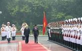 Cérémonie d'accueil officielle en l'honneur du sultan du Brunei