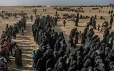 Syrie: des milliers de personnes évacuées de l'ultime poche de l'EI