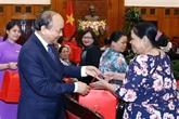 Le Premier ministre reçoit des personnes méritantes de Dà Nang