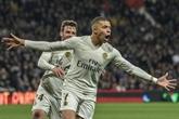 Ligue 1: Paris tout près du titre, Lille s'accroche