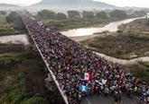 États-Unis: forte hausse des interpellations à la frontière mexicaine en mars