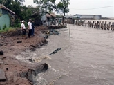Colloque sur les mesures pour lutter contre lérosion dans le delta du Mékong