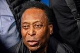 Hospitalisé à Sao Paulo, Pelé va être opéré d'un calcul
