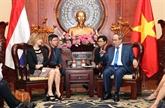 La ministre néerlandaise de lInfrastructure à Hô Chi Minh-Ville