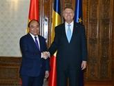 Le PM Nguyên Xuân Phuc rencontre des dirigeants roumains